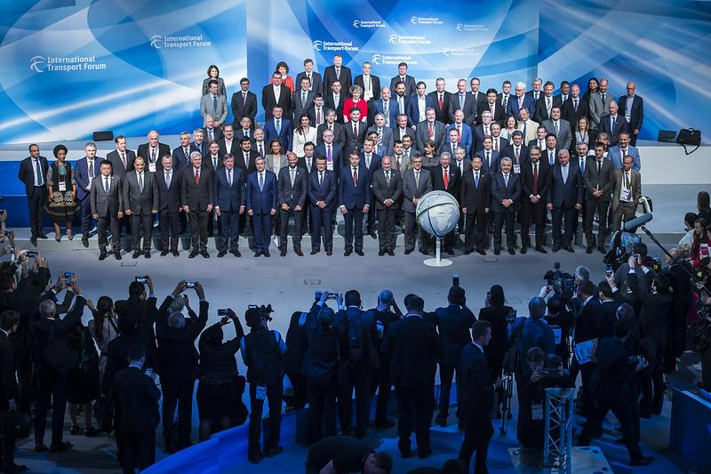 Ministers and VIPs assembled for the 2017 Summit family photo in Leipzig, Germany, on 31 May 2017