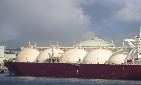 Fuelling Maritime Shipping with Liquefied Natural Gas cover image