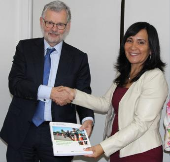 Fred Wegman (IRTAD Chair) with Paola Tapia, Chilean Minister of Transport and Telecommunications